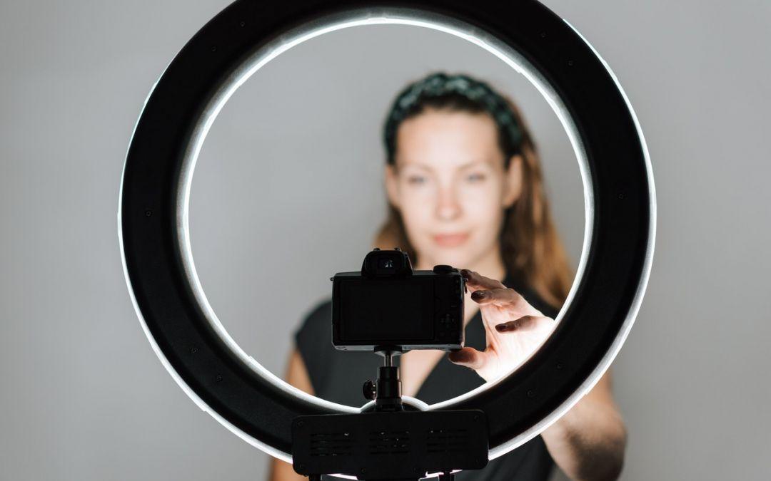 Should I Blog or Vlog for Business Growth?